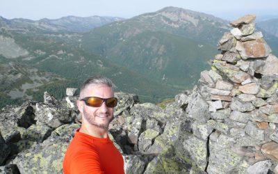 Murias de Paredes – Montrondo – La Peñona (2.097 m) – Pico Tambarón (2.099 m) – Peñas Rubias (1.973 m) – Alto de la Colchona (1.933 m) – Puerto de la Magdalena