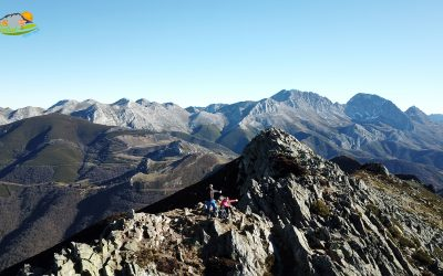 Puerto de Ventana – Pico del Cuervo (1.756 m) – Pico Las Llombas (1.826 m) – Pico Los Chamuergos (1.849 m) – Pico Ferreirúa (1.976 m)