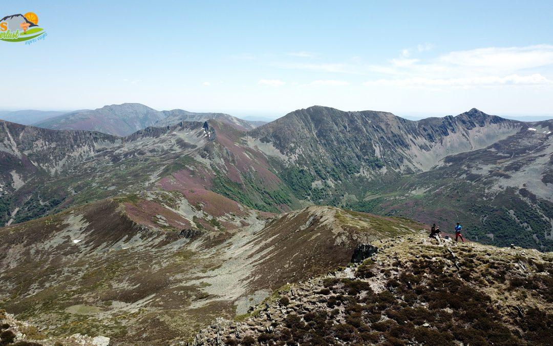 Salentinos – Alto de la Fatirona (1.820 m) – Alto de la Carranca (1.888 m) – Pico Lago (2.046 m) – Pico Braña La Peña (2.101 m) – Peña Valdiglesia (2.134 m) – Alto de los Grillos (1.952 m)