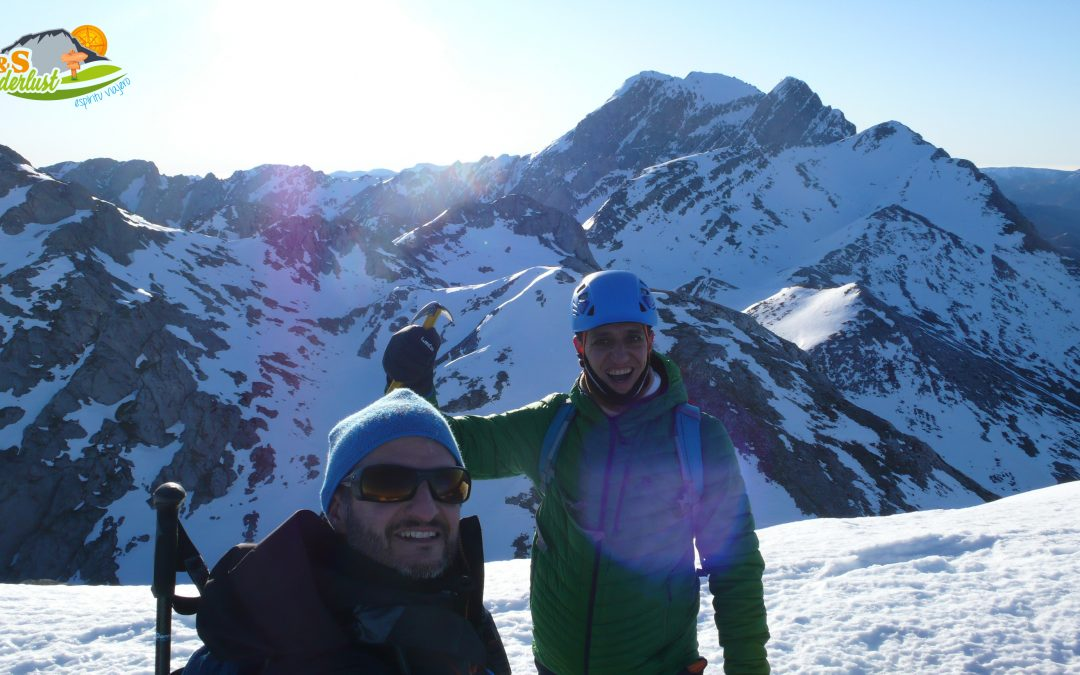 Puerto de Ventana – Pico Rebollosas (1.928 m) – Huerto del Diablo Norte (2.105 m) – Huerto del Diablo Sur (2.133 m) – Peña del Melluque (2.049 m) – Vega Socellares
