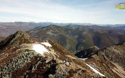 Valdeprado – Lagunas de Fasgueo – Alto del Bigardón (1.939 m) – Alto de la Gubia del Portillón (1.929 m) – Cornón de Busmori (1.929 m) – Pico Miro (1.985 m) – Pozo Cheiroso