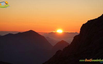 Soto de Sajambre – Peña Beza (1.963 m) – Bosque de los Rocinos – Refugio Vegabaño