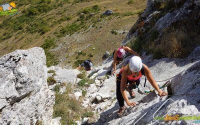 Cubillas de Arbas – Vía Ferrata Flores y Lagunas Valle de Arbas – Peña del Castillo (1.556 m) (2)