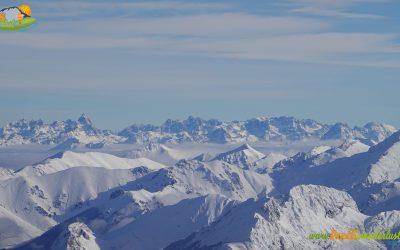 Pendilla de Arbas – Las Corralinas (1.814 m) – Pico Cuérravo (2.023 m) – Pico El Cuadro (2.089 m) – Pico Reboqueras (2.108 m) – Pico de Pisones (2.042 m) – Pico Tres Concejos (2.014 m)