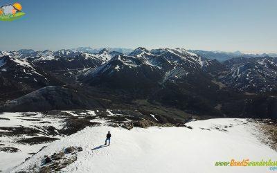Puerto de Vegarada – Pico La Solana (2.061 m) – Pico del Mediodía (2.045 m)